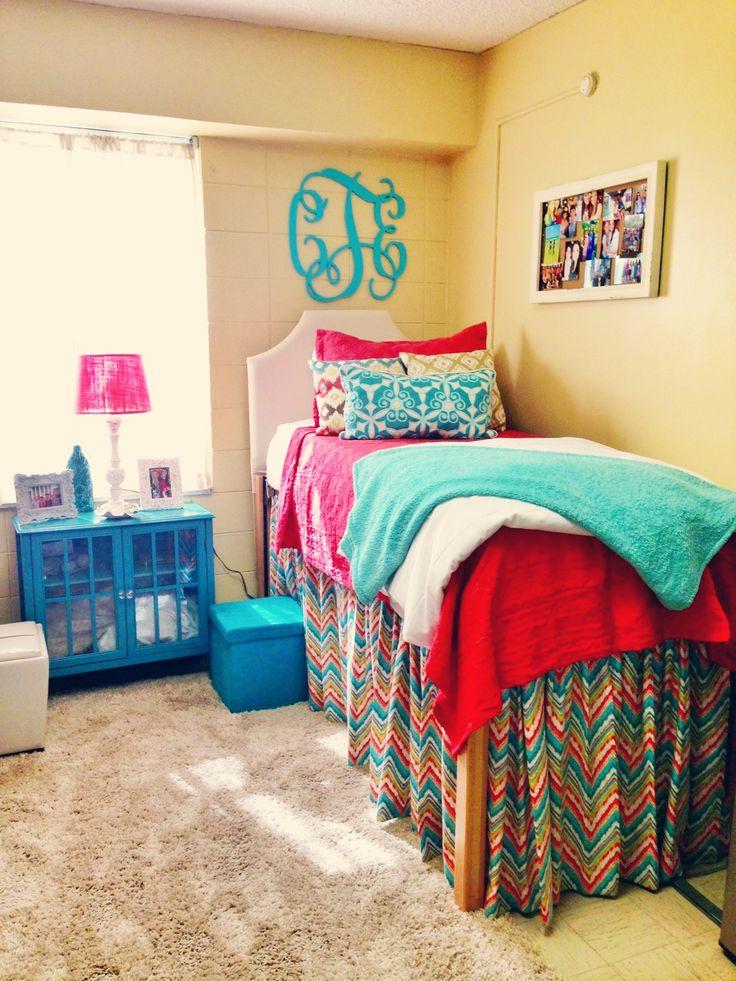 Mejores 51 im genes de dormitorios juveniles en pinterest for Decorar habitacion residencia universitaria