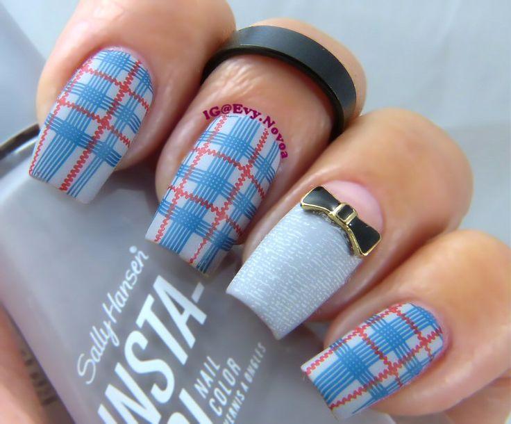 #mani #uñas #diseñodeuñas #uñasestampadas #sexynails #moda #estilo #style #fashion #fashionnails #plaidnails #plaidnailart #tartannails #bluenails