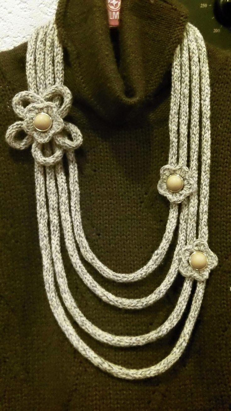 collana tricotin