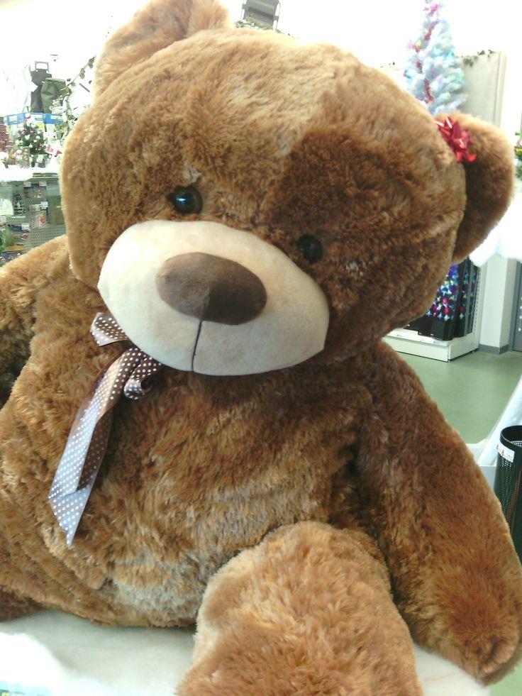 Retrouvez nos ours en peluche géant en magasin. Parfait cadeau de #Noël pour petits et grands enfants.