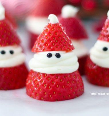 Srawberry Santas - Christmas fruit appetizer  // Tojásfehérje habbal töltött eper Mikulások - kreatív desszert // Mindy - craft tutorial collection // #crafts #DIY #craftTutorial #tutorial #SantaCrafts #Santa #ChristmasCrafts