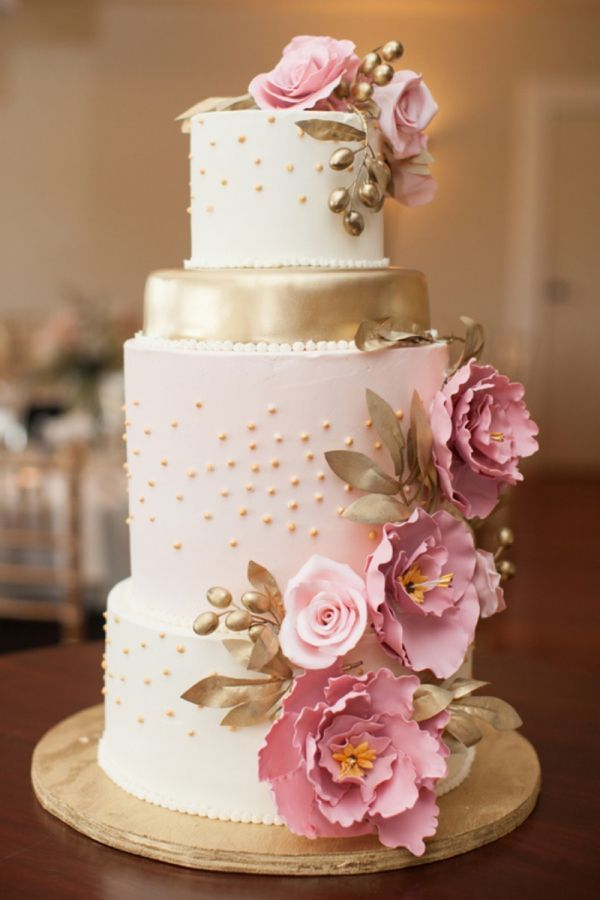 metallic gold and pink wedding cake   Elegant Vineyard Wedding   Erin Forehand Photography   Heart Love Weddings