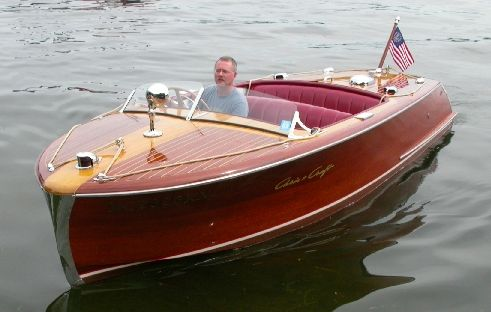 Wood wooden boat restoration antique vintage boats for for Classic chris craft boats