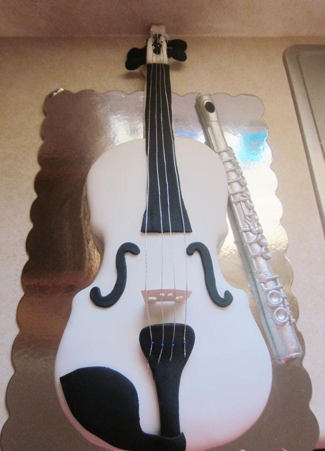 Violin Cake..... I want this!!!!!