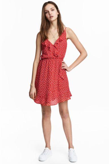 Flounced wrap dress Model