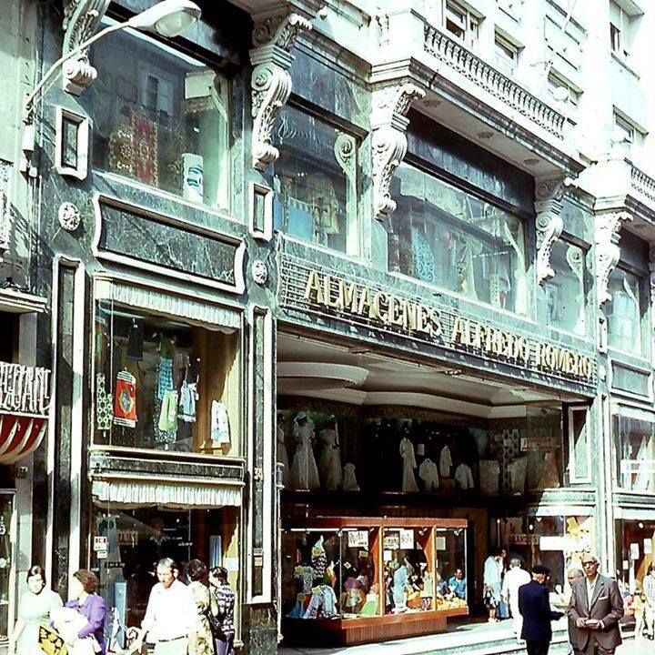 Almacenes Alfredo Romero en la Calle del Príncipe en 1974 (Cortefield) RT  riadevigo.net