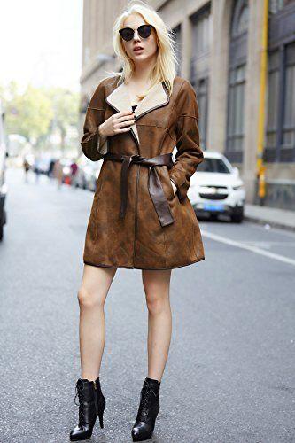 ABRIGO DE CUERO SINTÉTICO   Elegante y fino, este abrigo de piel sintética es facil de llevar en tus negocios, durante el día o de noche.  ENVIO GRATIS con Amazon Premium