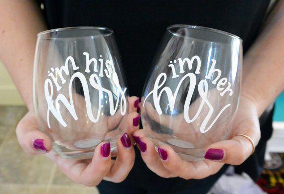 Hand Lettered Mr & Mrs Stemless Wine Glass Set || Glass and Vinyl || Wine…
