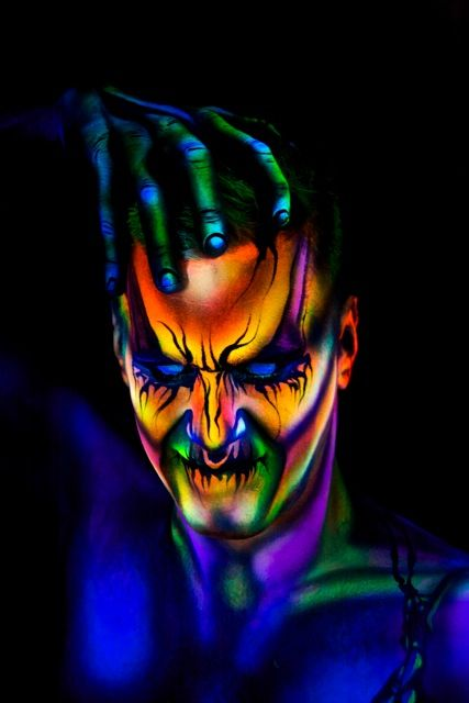 blacklight demon facepaint helloween ideas pinterest. Black Bedroom Furniture Sets. Home Design Ideas