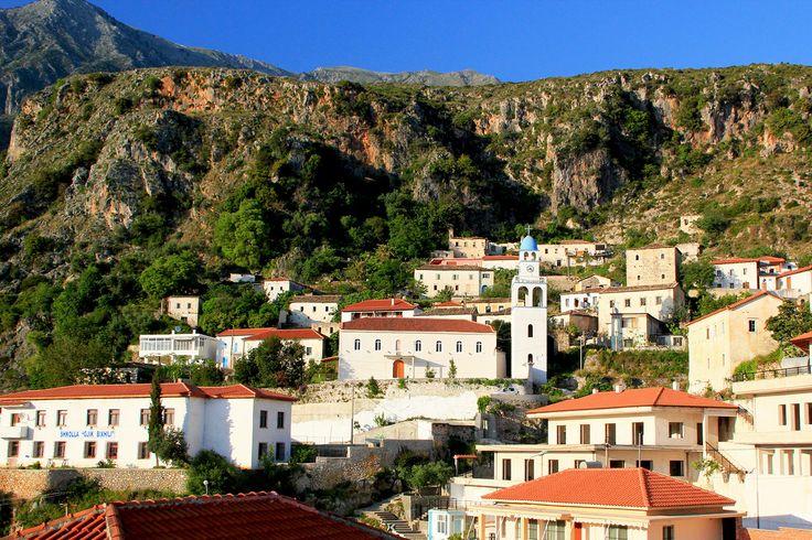 Un village de la minorité grecque le long de la riviera albanaise
