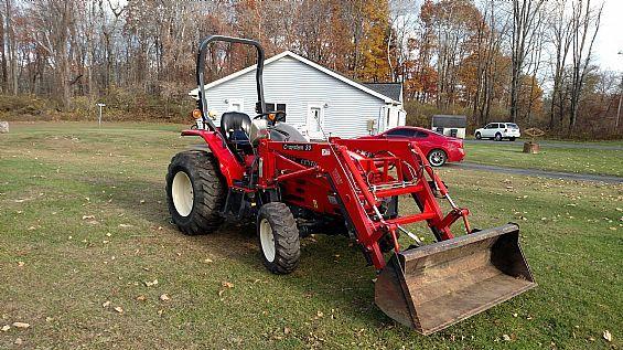 2003 Century 2028 Tractor Farm Tractors For Sale In