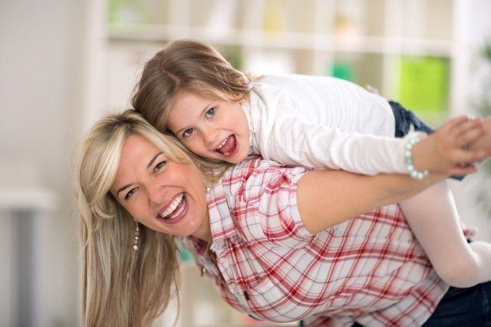 10 способов развить мышление ребенка за 10 минут в день: Вот игры, которые вам в этом помогут:     1. [b]Игра «Буквоед». [/b] В этой игре необходимо подбирать