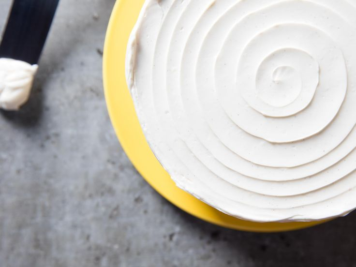 How to Make Swiss Meringue Buttercream Frosting | Serious Eats