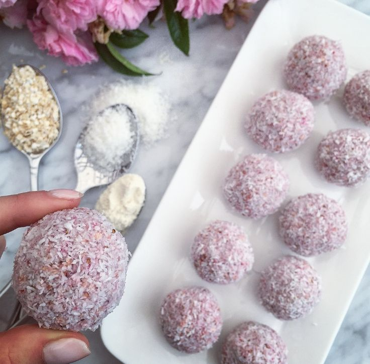 Raw Strawberry Bliss Balls