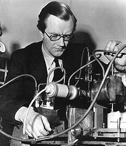 Maurice Wilkins with X-ray crystallographic equipment