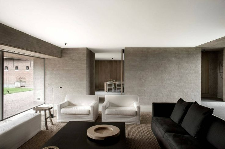 Inspirational interior designers: Vincent van Duysen | Covet Edition #inspirational #interiordesigners #livingroomdesign See more: http://covetedition.com/inspirations/inspirational-interior-designers-vincent-van-duysen/