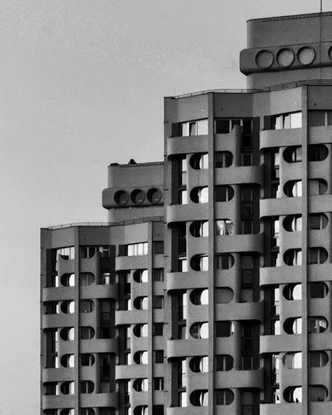 Poland, Wrocław, Plac Grunwaldzki complex, after renovation. built between 1968-1973. Architect: Jadwiga Hawrylak-Grabowska Photo taken by Matek Wói. (Edited by _BRUT @brutgroup ) #socheritage...