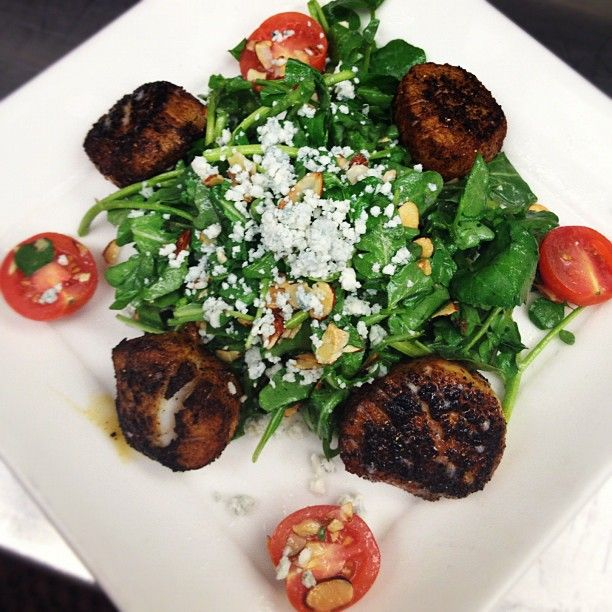 From @Harry Caray Blackened Sea Scallops Salad with ...