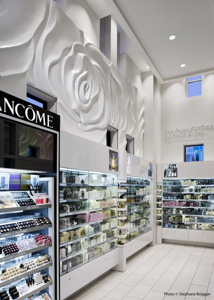 New Jean Coutu Pharmacy in Montreal, Canada by Groupe Chagall Design
