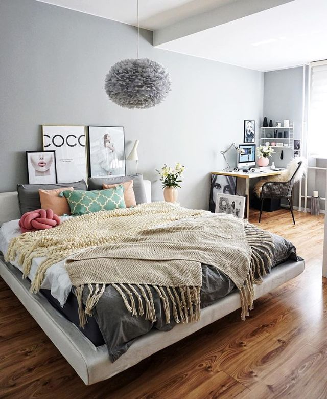 A combined bedroom and workspace - Is To Me