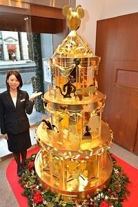 Un Albero di Natale tutto d'oro
