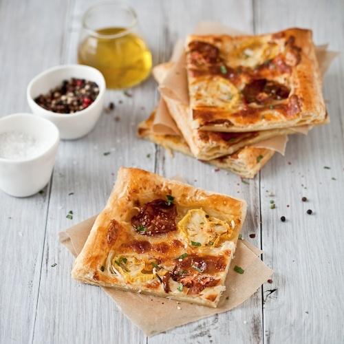 Roasted Garlic Heirloom Tomato Tarts :: find SC tomatoes @ certifiedscgrown.com