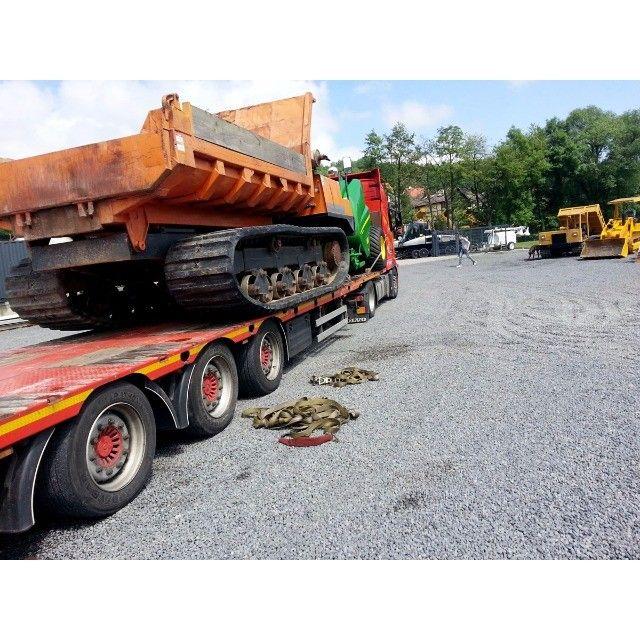 Used Morooka Dumper Loading on a http://www.ito-germany.com/for-sale/dumper  #Truck to #Norwy #used #construction #Equipment Transport #shipping #trailer #transport #johndeere #kettendumper #Baumaschine #Auktion #Versteigerung #auction #Heavyequipment #construction #Equipment #Machinery images galler tracked Dumper Morooka Japan