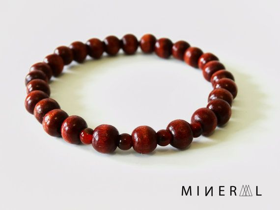 Man Wooded Beads Bracelets in Rustic Red par MNRL sur Etsy