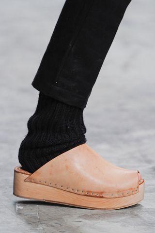 totokaelo: totokaelo.com/shoes/clogs (The Gifts Of Life)