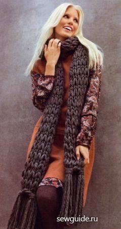 Длинный серый шарф с кистями раздел спицами вязаные шарфы