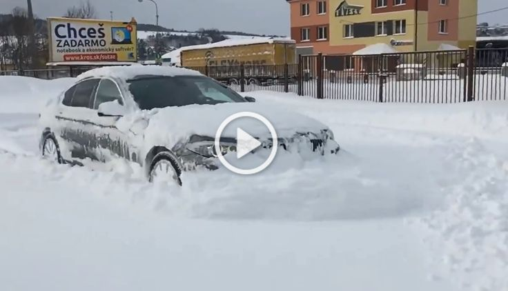 WAW! WAW! This is actually a funny video we can see the performance of a BMW XDrive. We never get tired to watch the bavarian models perform! Not many know about this XDrive system, they can also may not be a great fan of the sistem, but this funny video shows how it really works! […]