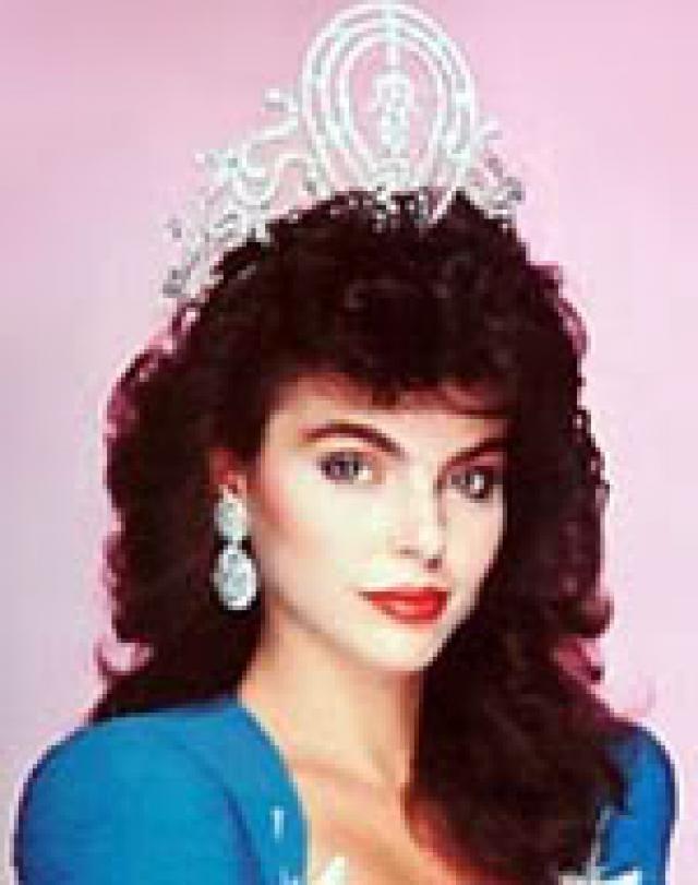 Miss Universo 1986. de Venezuela  Barbara Palacios Teyde