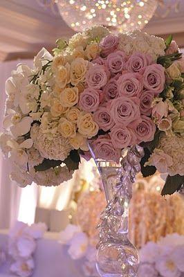 ♛♛ Masquerade au Château ♛♛ **rose centerpiece**