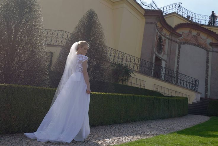 Wedding dress, elegant and sophistic. Bride photos at one of wonderful Prague garden. Mady by Michaela Ducka