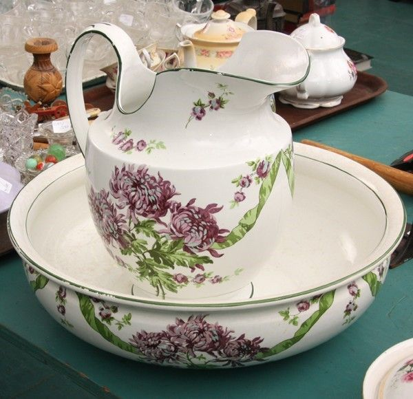 """pitcher and basin set 