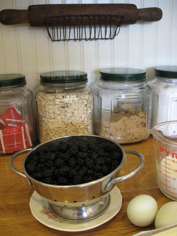 homespun living blog.: Favorite Cookware, Living Blog, Country Decor, Homesteading Resources, Homestead Living, Natural Simplicity, Homesteading Ideas, Homespun Living, Natural Remedies