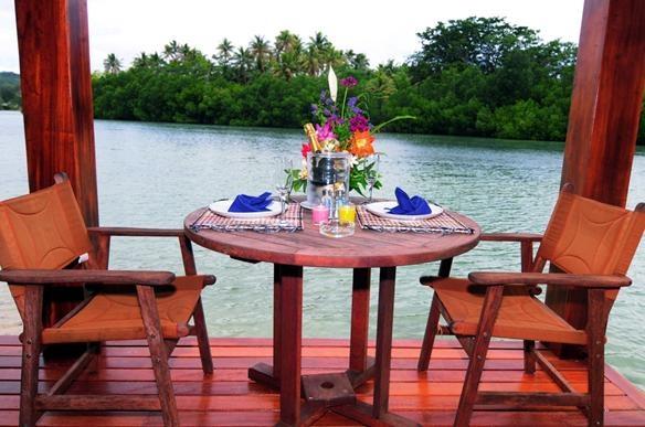 Lagoon Beach Resort Apartments - best place for dining #vanuatu