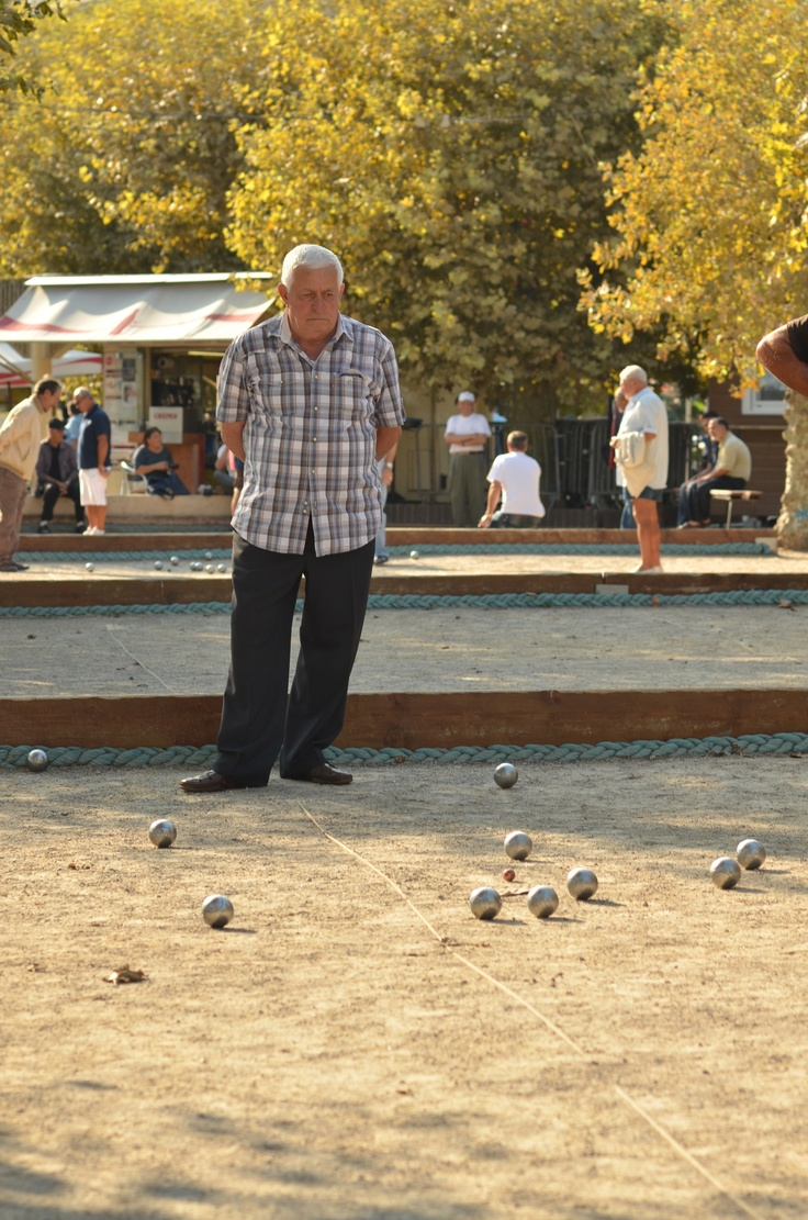 Pétanque, French game