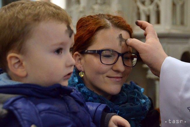 V rímskokatolíckej cirkvi sa Popolcovou stredou začína 40-dňový pôst - Zaujímavosti - SkolskyServis.TERAZ.sk