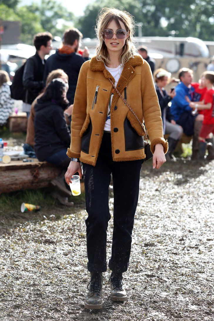 Pin for Later: All the Celebrity Sightings at Glastonbury Festival 2016 Edie Campbell