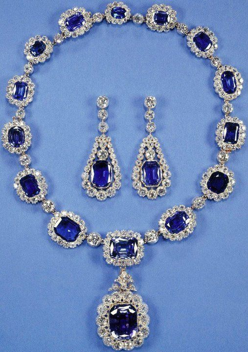 Sapphire Necklace and Earrings, Wedding Gift from George VI to Queen Elizabeth on her marriage.