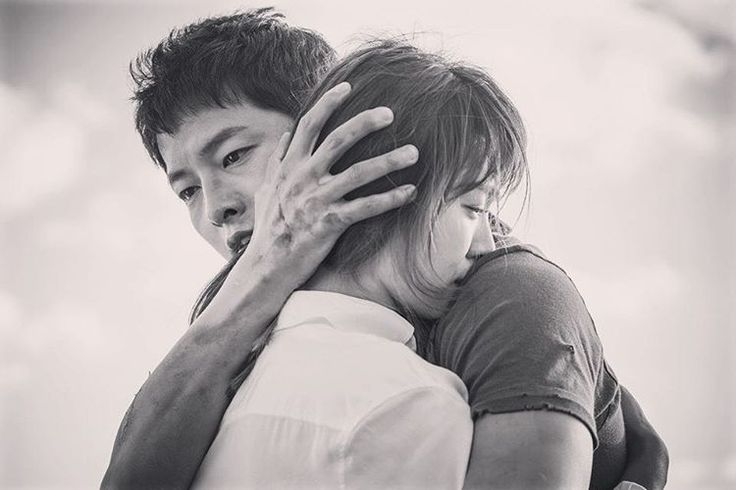 See this Instagram photo by @kyo1122 -- Characters: Yoo Si-jin & Kang Mo-yeon embrace.