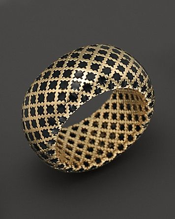 Gucci 18k yellow gold diamantissima ring with black enamel