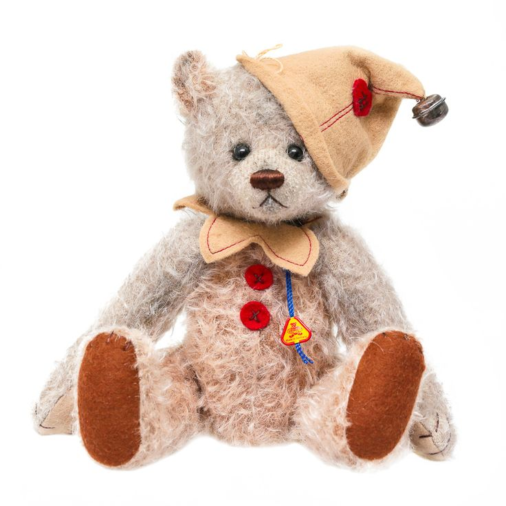 Teddy Beppo is crafted in mohair/wool blend combination fabric . Beppo is 5 fold jointed and has been designed by Anna Dazumal – recognised and awarded in Germany for creating adorable, detailed and very European teddy bears. Beppo stands at 24 cm and is one of only 299 made worldwide. A truly beautiful creation - a perfect gift for someone special. And sure to be sought after by collectors.