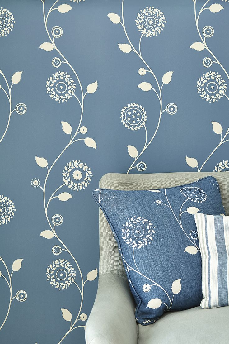 Gypsy Garland  Wall Covering in Cornflower