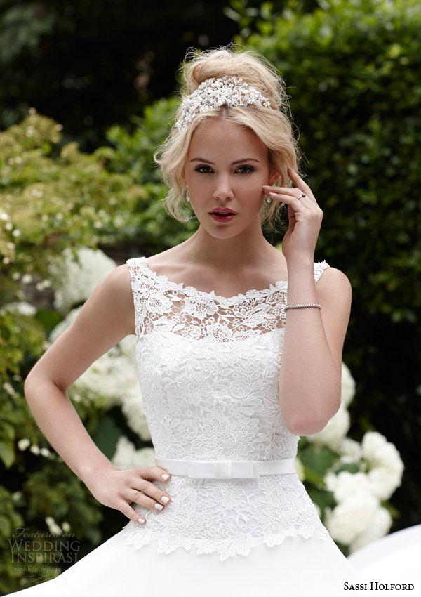 Si Holford Bridal 2017 Isla Sleeveless Wedding Dress