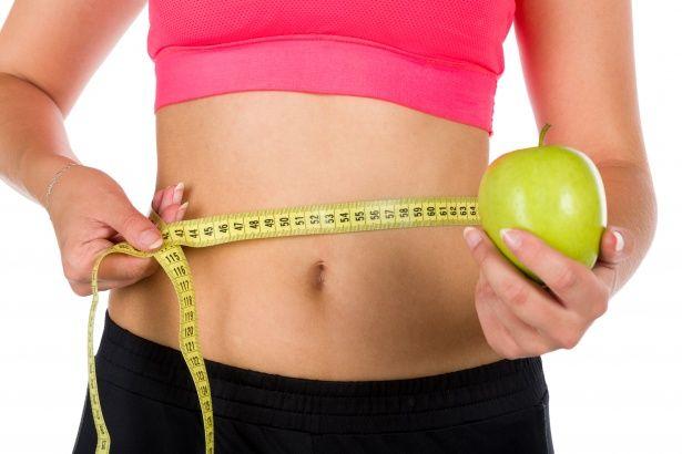 Snaha zhubnout je společná mnoha lidem, kteří však často snadno vzdávají veškeré úsilí, když nevidí požadované výsledky. Ktomu abyste zhubli, musíte dodržovat zdravou stravu a pravidelně cvičit. Je důležité mít kontrolu nad tím, co jíte a nejíte. Často končíme u nezdravé stravy, když nás nečekaně přepadne hlad nebo máme neodolatelnou chuť…Zde je několik tipů na …