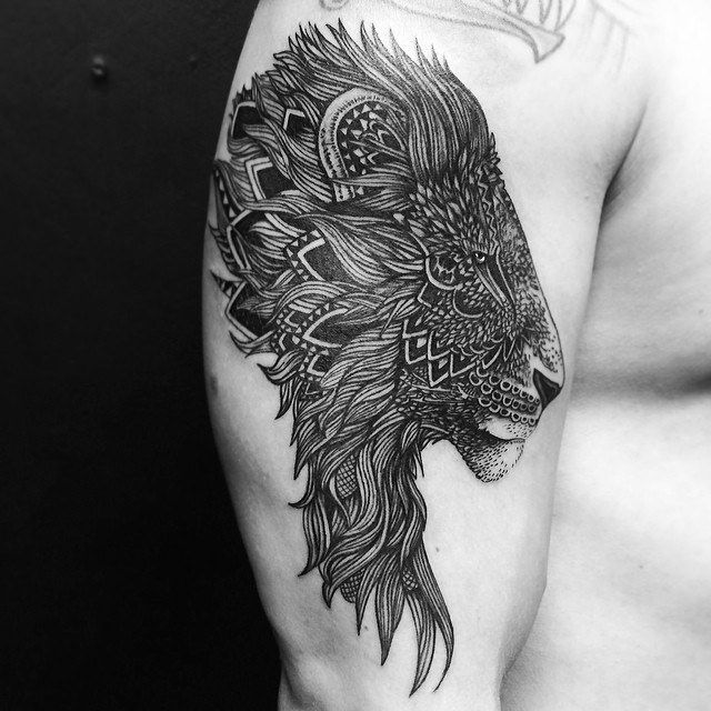 Tribal Lion tattoo.. great details.