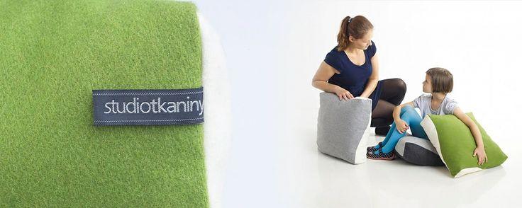 Projekt: Studio Tkaniny - Anna Trafas–Kowalczyk i Justyna Bagińska–Stosik, poduszki H, 2013, do kupienia na nowymodel.org