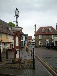 Mildenhall - the parish pump in the marketplace (city centre)